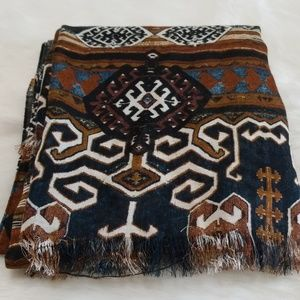 Accessories - Long scarf/wrap